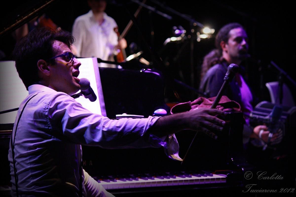 Mariano Speranza, singer, tango spleen
